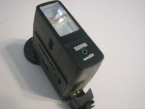 Sunpak Auto 124  Flash (Hot Shoe & Plug In)