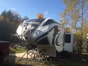 Roulotte Fifth Wheel -    Chaparral   modele  271BHS
