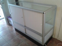 Store closing sale - display cabinets and other (1)