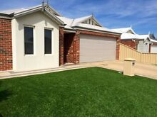 Great House for rent near Livingston shopping centre Canning Vale Canning Area Preview