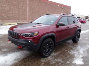 2019 Jeep Cherokee TRAILHAWK ELITE 4X4                  3.2L PEN