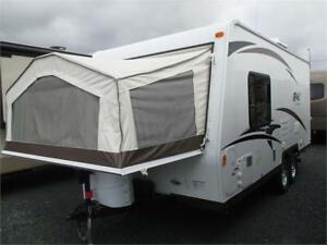 2014 FOREST RIVER ROO T19 TRAVEL TRAILER