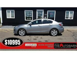 2012 Mazda 3 GT - 6 Speed manualy - cruise, heated seats.