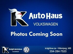 2013 Volkswagen Golf Wagon Highline TDI w/ Tech Package/Leather/