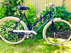 """Vintage BSA ladies town bike 3 speed 21"""" frame 26"""" wheels"""