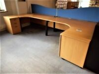 corner desk 1800mm x 1200mm 18 available
