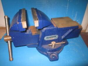 outils divers usagés et neuf,  voitures  tonka,
