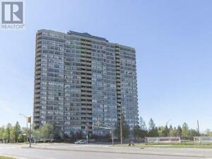 Newly Renovated Unit,2ۤۤۤ+1Beds,1Bath,400 WEBB Drive,Mississauga
