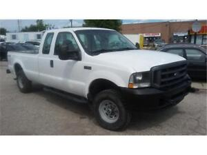 2003 Ford F250 XL Super Duty, 4 doors, 8 foot box, tow package!