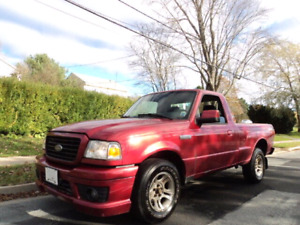 Great shape. Ford ranger . 135000 km. Automatic