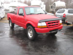 Beautiful Red Ranger XLT Sport. Low kms. 4x4. Trades.