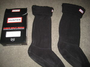 HUNTER MOSS CABLE CUFF WELLY SOCKS BLACK - MED