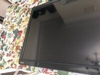 """Toshiba 32"""" Smart TV with Cantilever Bracket, Aerial, Remote"""