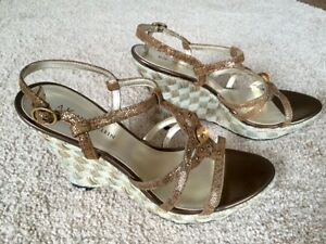 Anne Klein Shoes -- Size 7