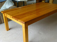 large solid wood coffee table 1365 x 760 x 465 mm