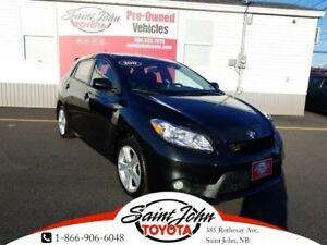 2011 Toyota Matrix Touring, sunroof, alloys