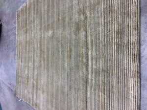 8' X 11' New Zealand Wool, hand knotted carpet