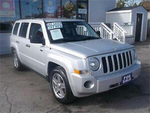 2008 JEEP PATRIOT SPORT * POWER GLASS ROOF * LOADED NICELY !!