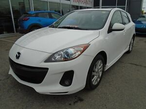 2013 Mazda Mazda3 **LEATHER & SUNROOF** LOADED!!! GS-LUXURY