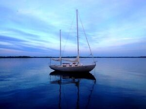 Ketch Rigged Classic 31 Sailboat