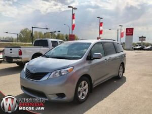 2011 Toyota Sienna LE- Rear DVD, 2 Sets of Tires!!