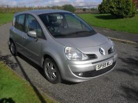Renault Grand Modus 1.5dCi ( 86bhp ) Dynamique £30 Tax MOT 15/8/17 83200ml