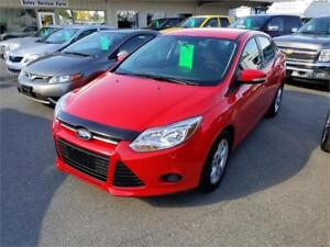 2013 Ford Focus SE -ABSOLUTELY BEAUTIFUL W/ SUPER LOW PAYMENT