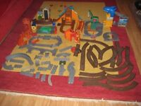 Selection Of Thomas The Tank Engine Track And Building Accessories. OFFERS WELCOME