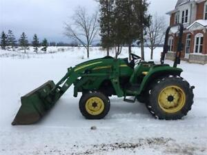 2005 John Deere 4120 4X4 Compact Tractor With Loader