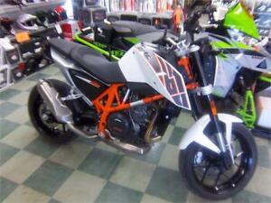 2014 KTM DUKE 690 LIKE NEW, ONLY 600 KM 1 OWNER!
