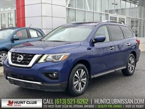 2017 Nissan Pathfinder SL 4WD Tech | Navi, Pano Moonroof, Leathe