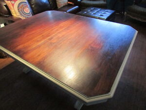 BEAUTIFUL RESTORED ANTIQUE TABLE