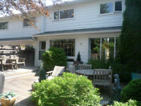 FANTASTIC 3 BDRM TOWNHOUSE!!  PRICE REDUCED!!  OPEN SUN 1-3!!