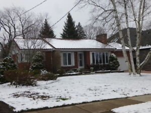 2 Bedroom Executive Bungalow in Stratford