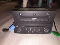 Renault genuine radio CD player with 6 Disk Multi Player With code