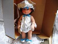 """14"""" HERSHEY'S KISSES SILVER CANDY LEE MIDDLETON DOLL,BOX,TAG"""
