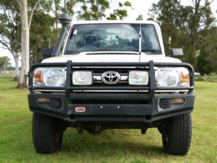 2012 Toyota Landcruiser VDJ79R MY10 GXL White 5 Speed Manual Cab Chassis Kingaroy South Burnett Area Preview