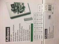 500 Fellowes Plastic binding coils 12mm Clear ( 5 boxes of 100 ) Collection Only