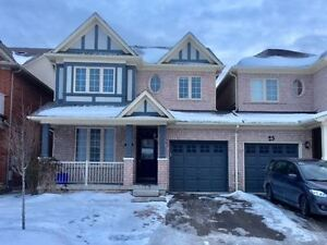 Kingshill Home In Oak Ridges, Link By Garage, Totally Renovated