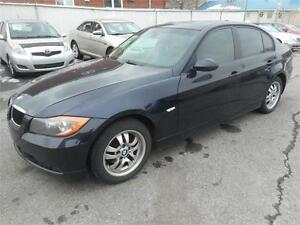 BMW 323i 2006 ( TOIT OUVRANT, CRUISE CONTROL )