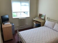 Student Room - Located close to all Manchester universities