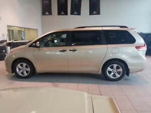 2012 Toyota Sienna SE - Dual Zone Climate Control, CD Player + M