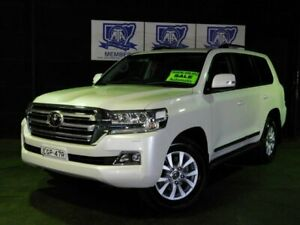 2017 Toyota Landcruiser VDJ200R Sahara Pearl White 6 Speed Sports Automatic Wagon Albion Park Rail Shellharbour Area Preview