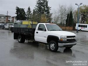 2002 CHEVROLET SILVERADO 3500 REGULAR CAB DUALLY 2WD FLAT DECK