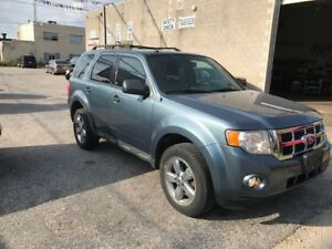 2010 FORD ESCAPE - 4 Door  XLT 4WD XLT 4WD
