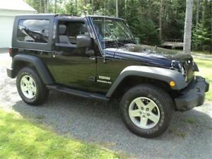 2010 Jeep Wrangler Sport 4x4 MINT! FINANCING AVAILABLE