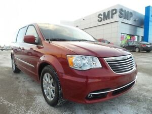 2015 Chrysler Town & Country Touring, Stow and Go, alloys, SMP