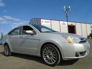 2009 Ford Focus SES LUXURY SPORT PKG-LEATHER-SUNROOF-CLEAN
