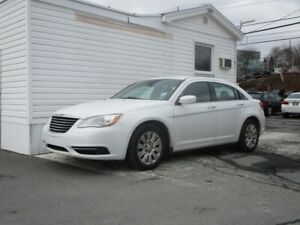2014 Chrysler 200 SEDAN LX 2.4 L