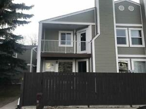 4 BEDROOM, 2.5 BATH TOWNHOUSE FOR UNDER $175,000 IN MILLWOODS